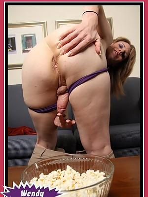 Shemale Wendy Summersand her yummy tgirl cock